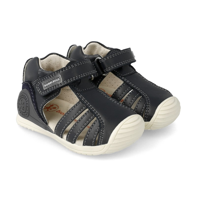 Leather sandals for baby Harper