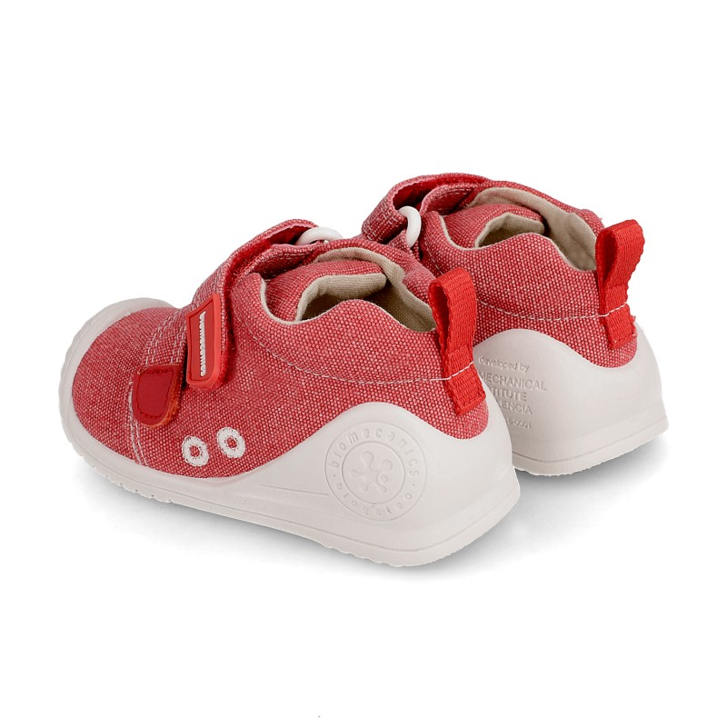 Canvas sneakers for baby Aike