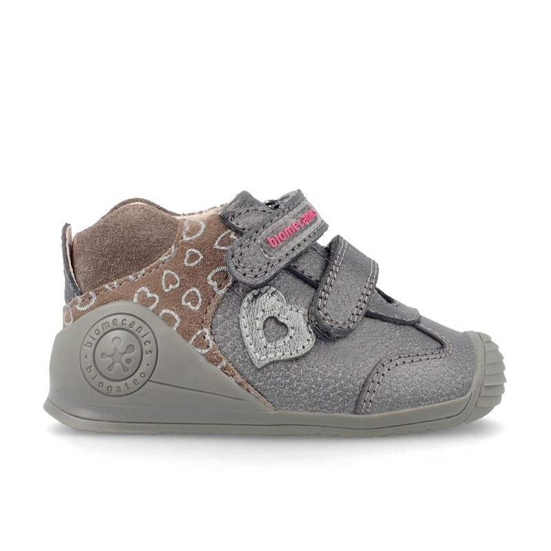Sneakers for baby Melania