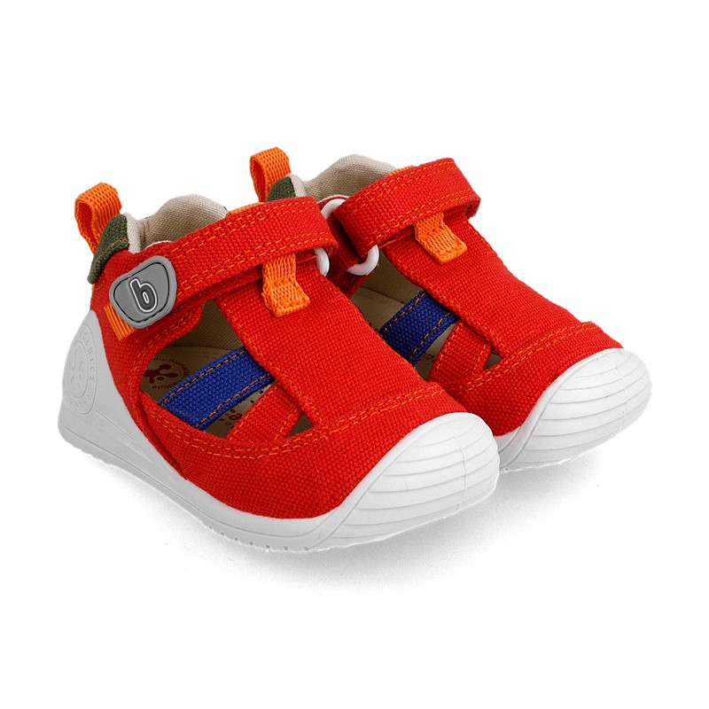 Canvas sneakers for baby Matias