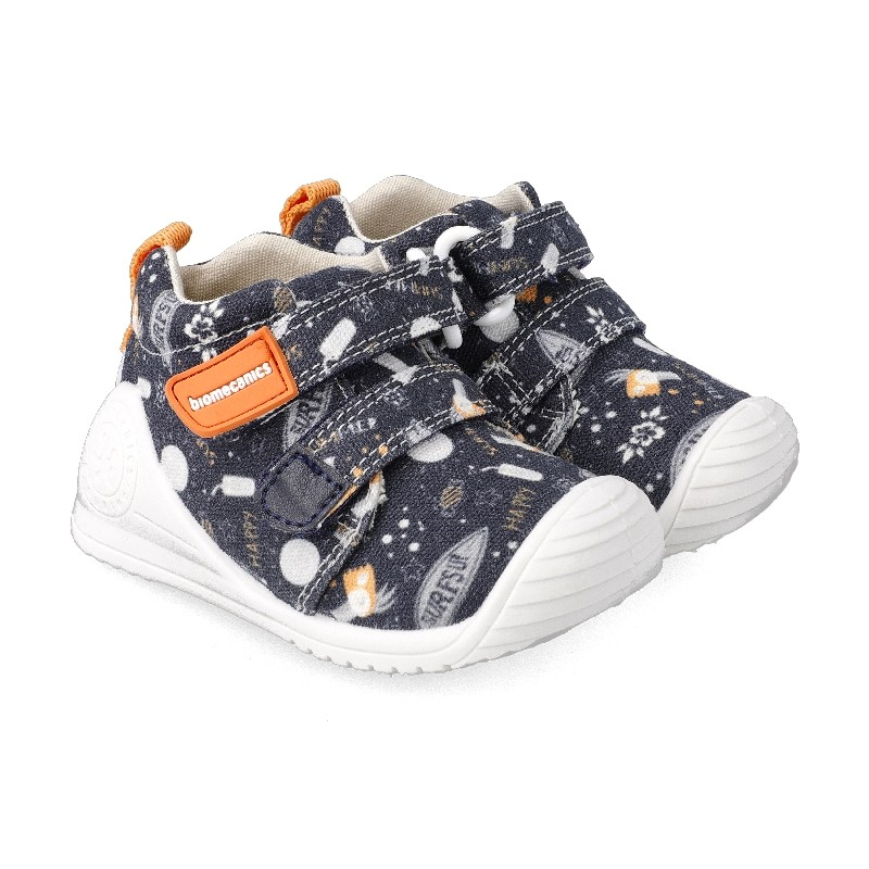 Canvas sneakers for baby Eitan