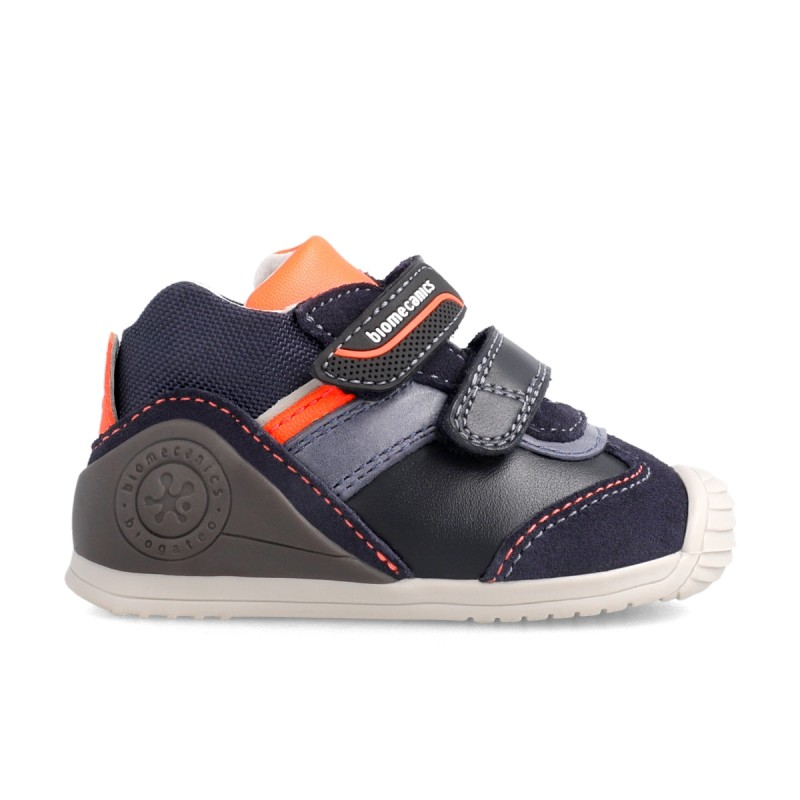 Leatrher sneakers for baby boy  211142