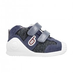 Sneakers for baby girl 211128