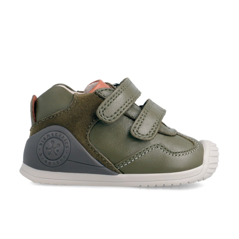 Leatrher sneakers for baby boy 211138