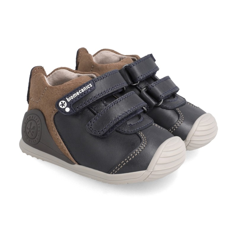 Leatrher sneakers for baby boy 211140
