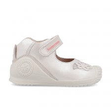Leather baby girl shoes Nuria